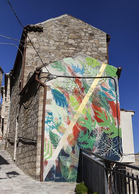 gola-hundun-murale