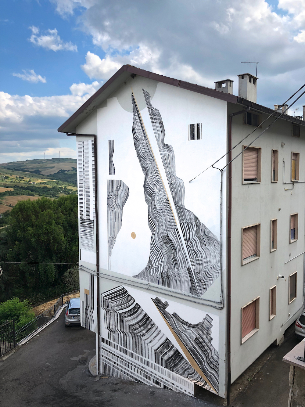 2501 street art in Civitacampomarano
